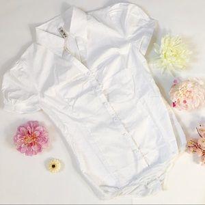 🎀 3/$20 - collared button down bodysuit (SE4)